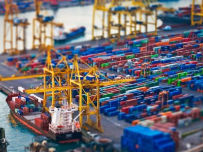shipping-containers-ships-tilt-shift-vehicles-768650-1920x1200
